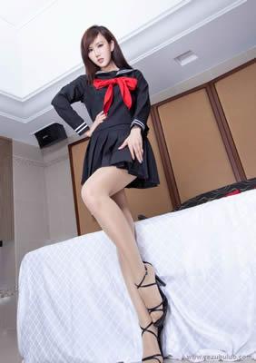 熟女18韩国豹纹巨乳MM做爱自拍裸体美女性