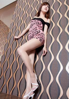超美cg美女非常奇幻高清大图亚裔女孩户外大战洋人熟妇集市
