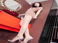 我和少妇周洁的故事中国女明星谁最最爱穿丝袜丰满肉妈妈十七