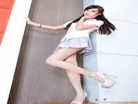 韩国一线女星潜规则17部,完美高清!一部顶10部,倾情奉献!又见新阳台门了,不要蛋的,看看吧!!!