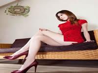 腿模亮麗的絲襪你喜不喜欢她胸前的两坨嫩肉藤城麻紀,水添愛子